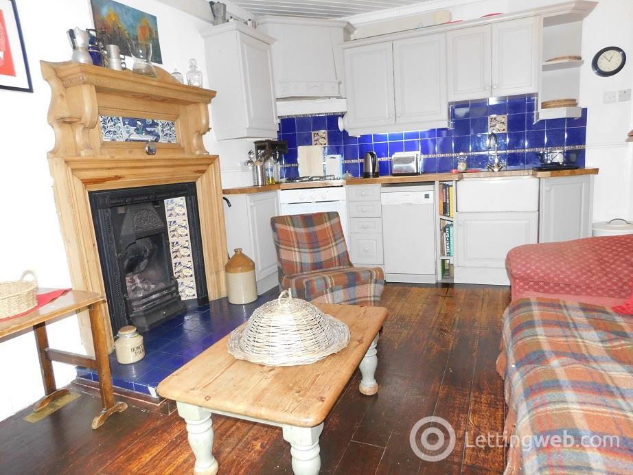 Property to rent in South Clerk Street, Newington, Edinburgh, EH8