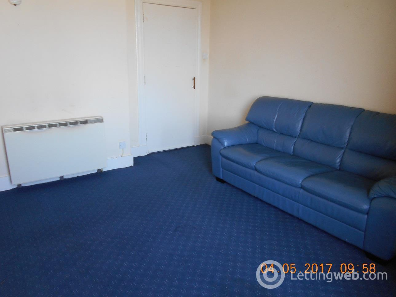 Property to rent in Victoria Road 2104