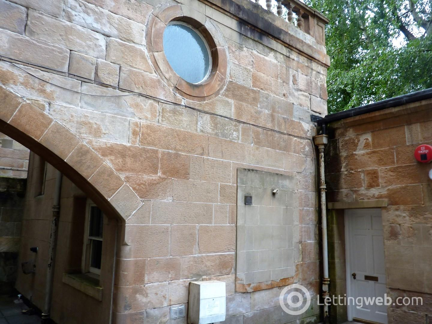 Property to rent in Park Circus Place Mews Flat Ground 1
