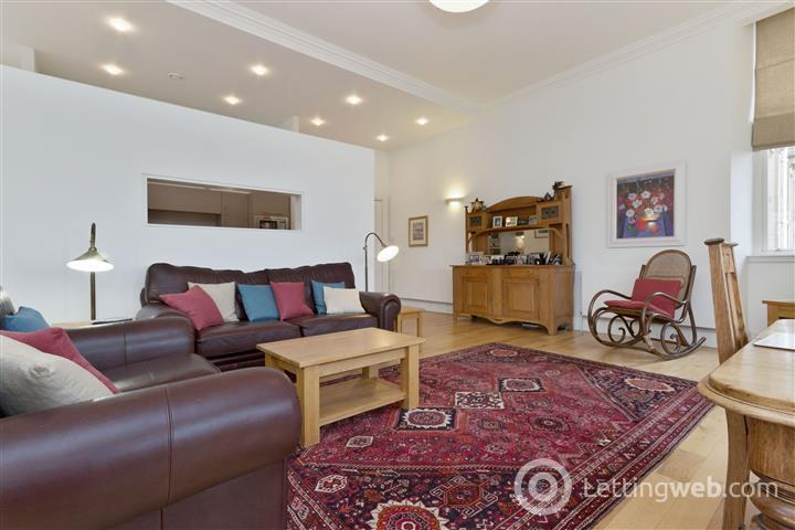 Property to rent in Schaw Drive