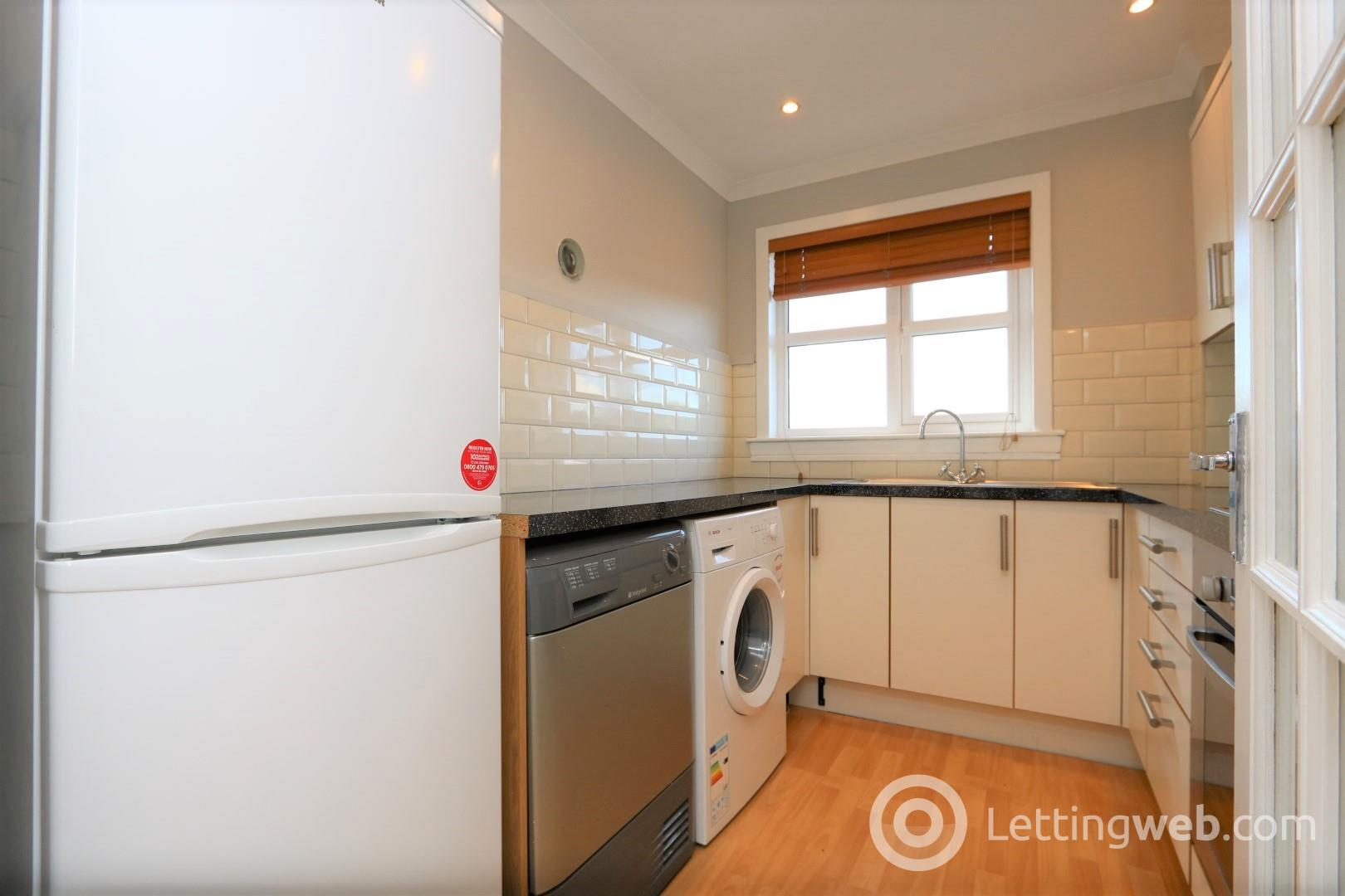 Property to rent in Castle Mains Road