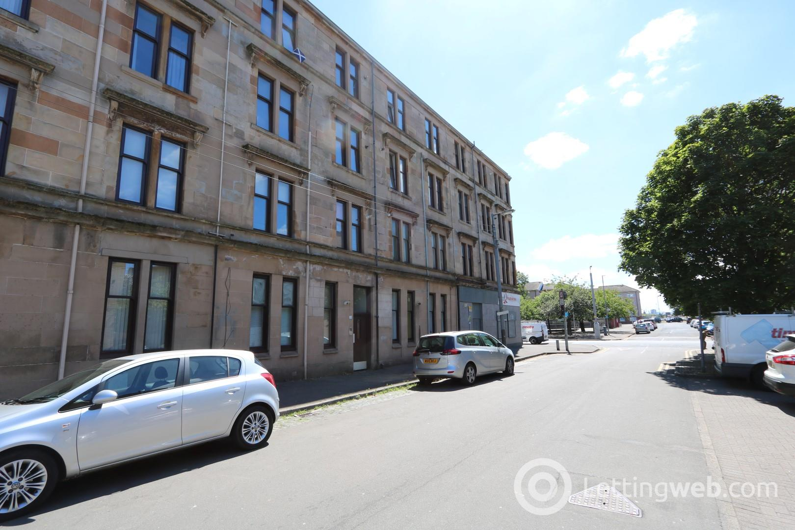 Property to rent in Glendore Street