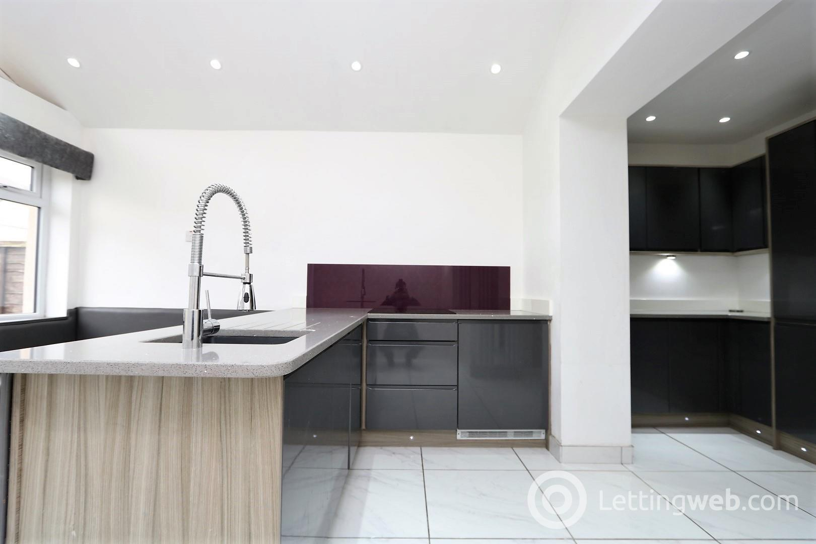 Property to rent in Lawers Drive, G61 4LQ