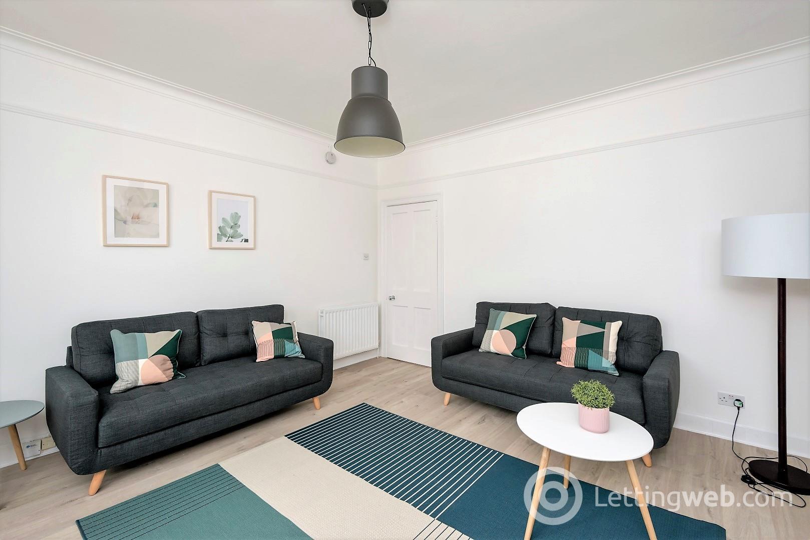 Property to rent in Rosebank Grove