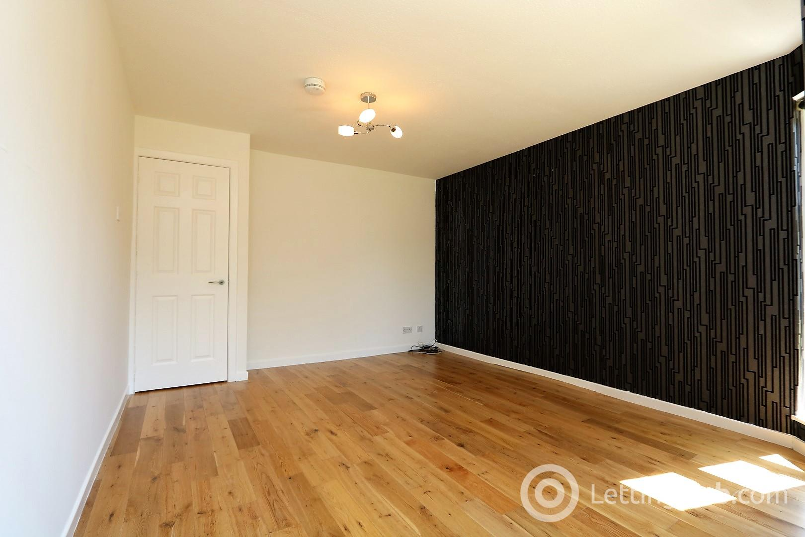 Property to rent in Hamilton Road