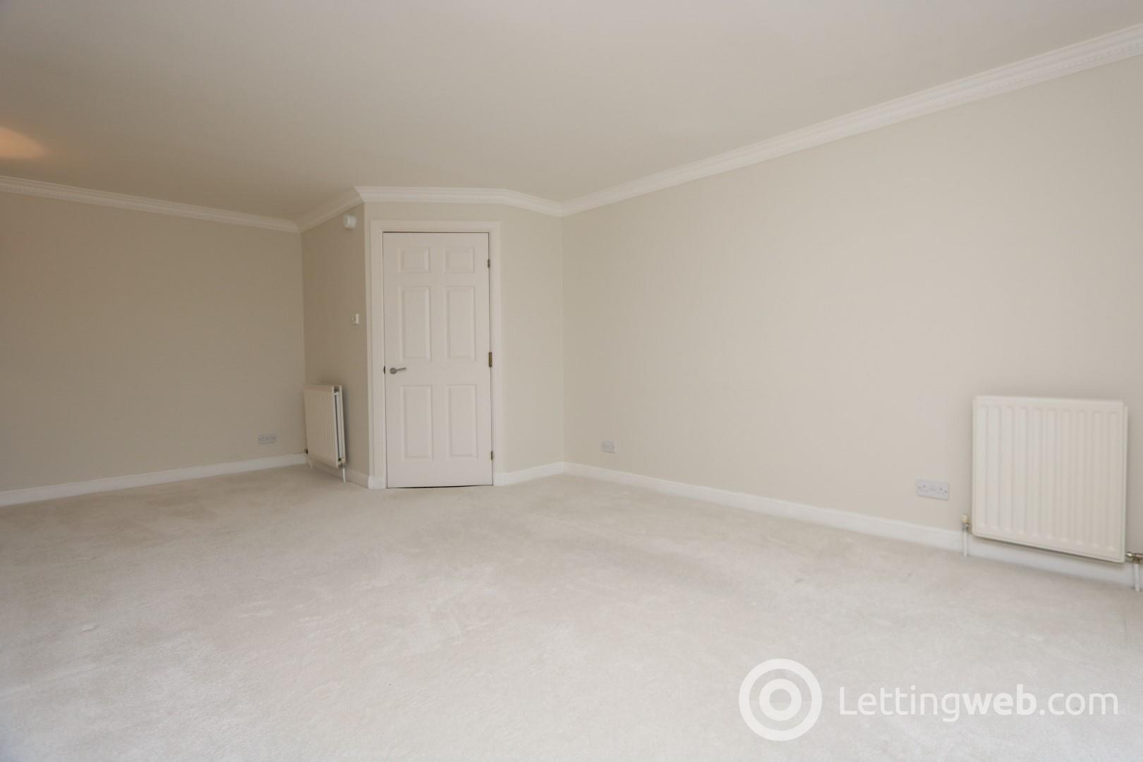 Property to rent in Elderbank