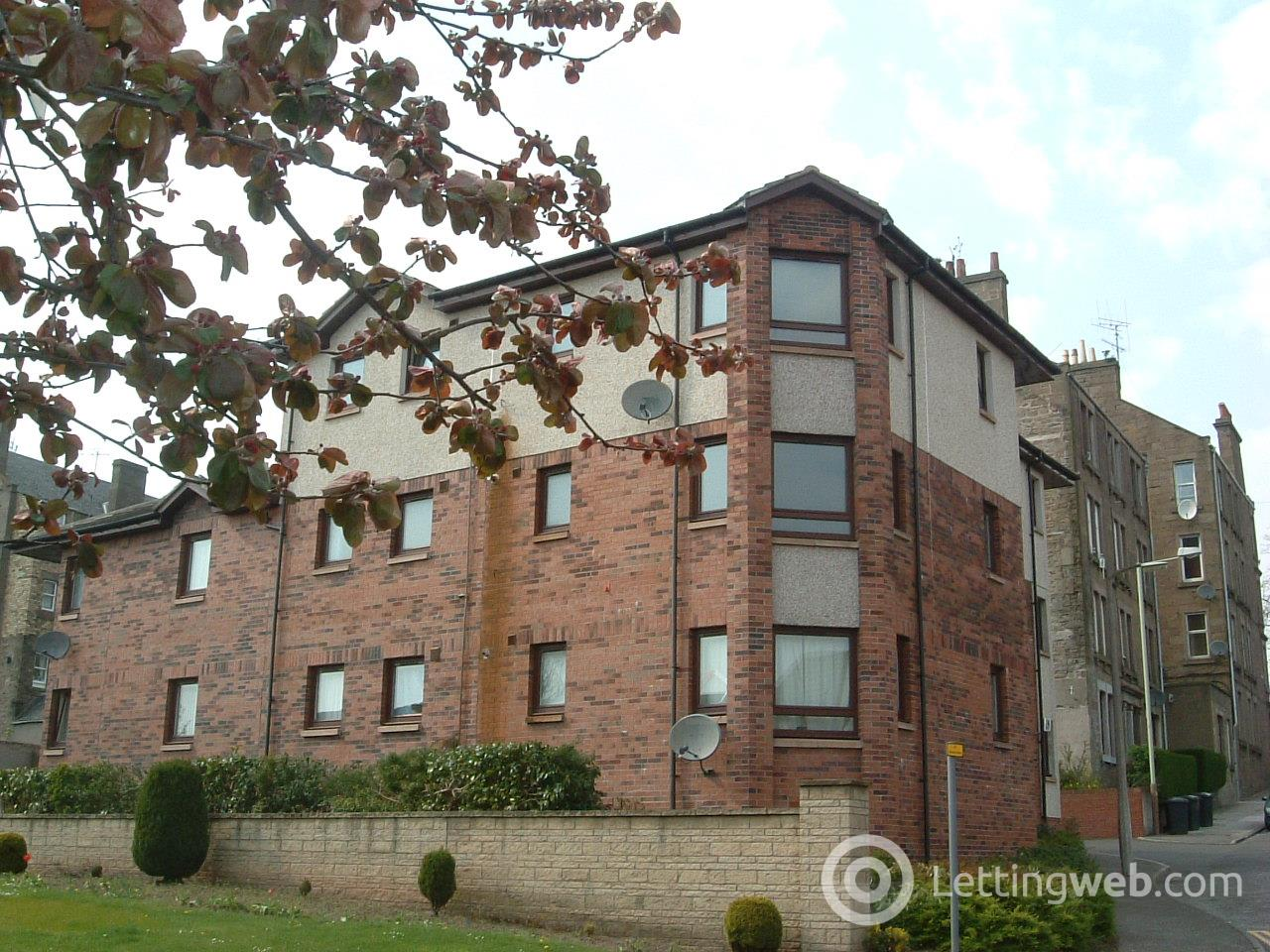Property to rent in Thornbank Street Ground Right