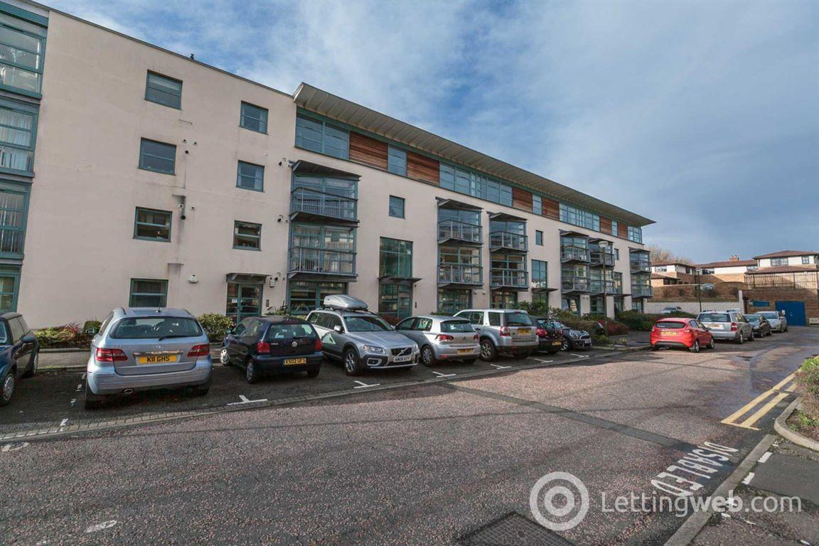 Property to rent in NORTH WERBER ROAD, FETTES  EH4 1TA