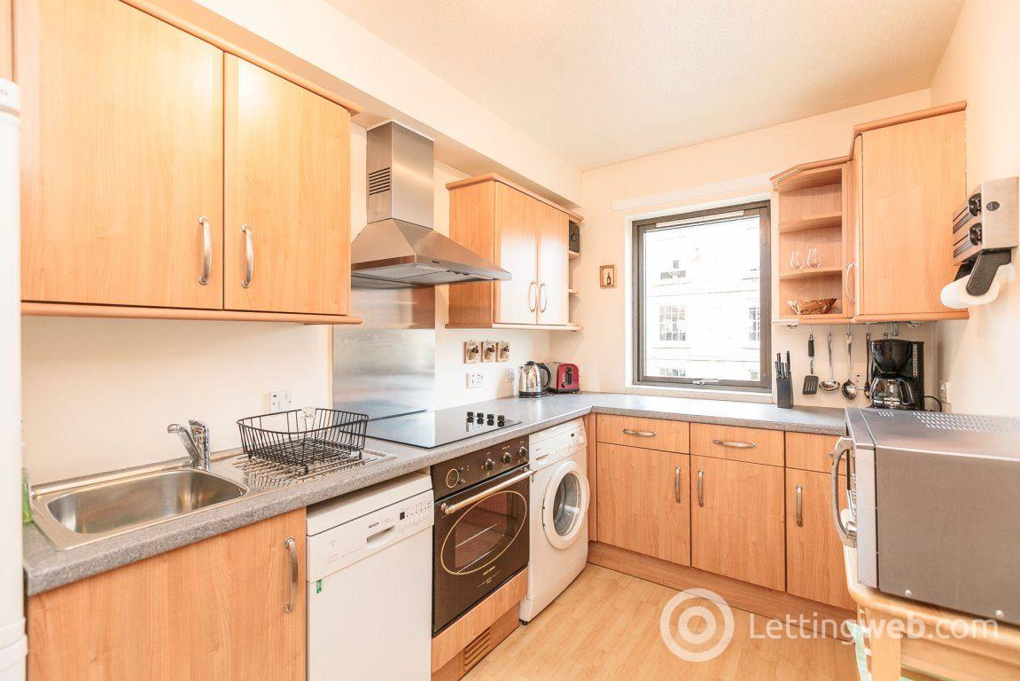 Property to rent in SANDPORT, LEITH, EH6 6PL