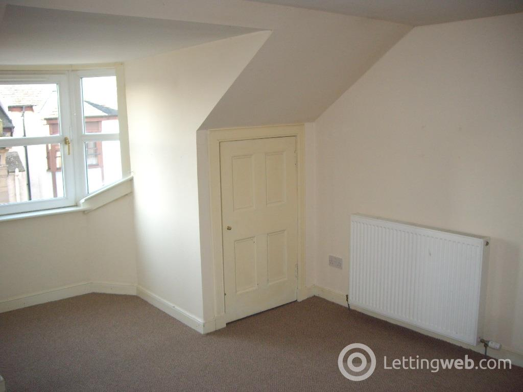 Property to rent in Brook Street