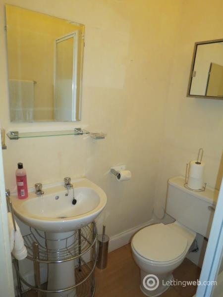 Property to rent in 18E (2/1), Robert Street, Port Glasgow, PA14 5NS
