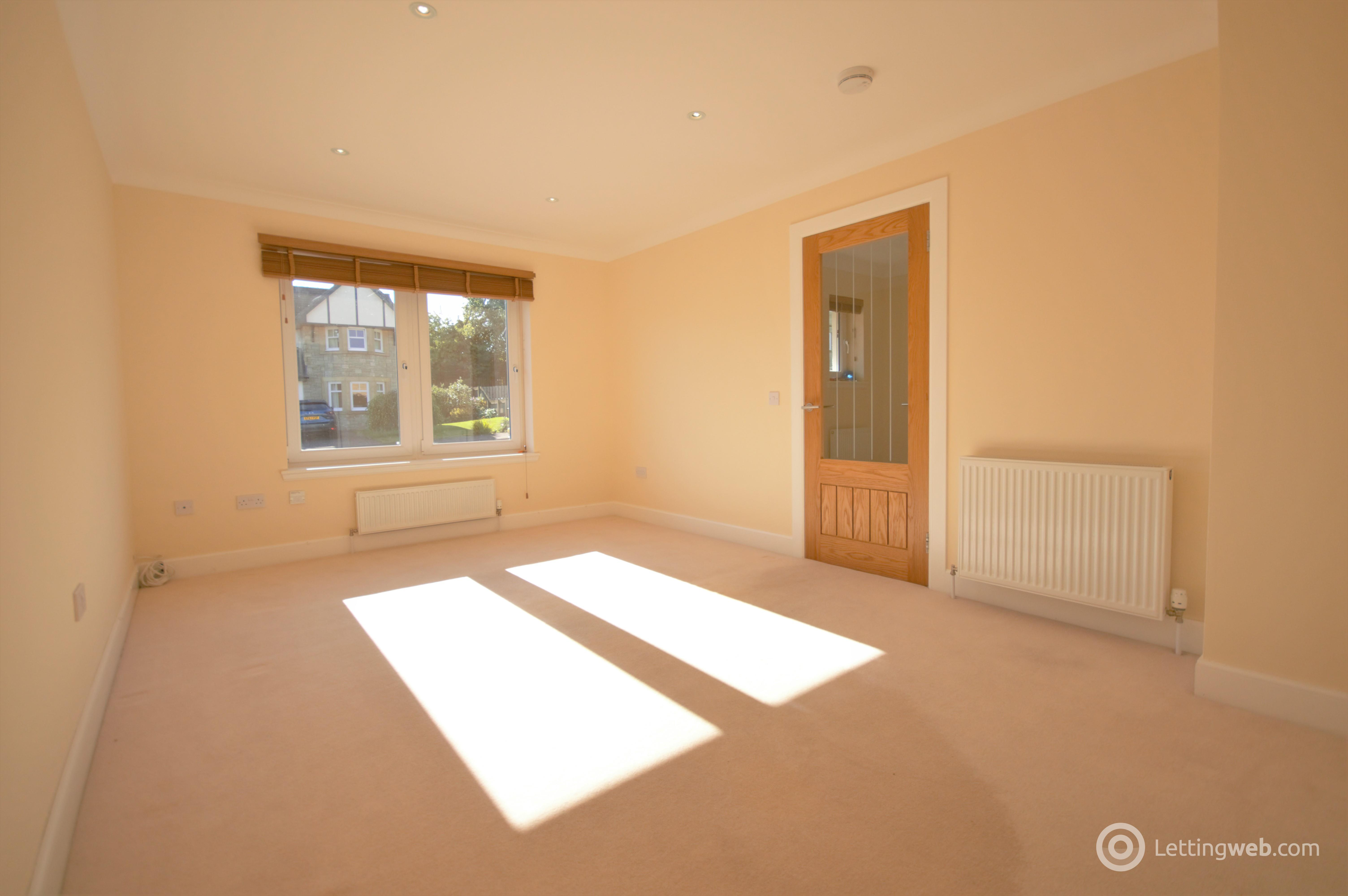 Property to rent in 4B Ochilview