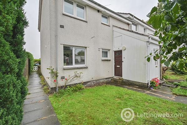 Property to rent in 8 Youngs Court, Crieff