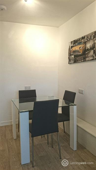 Property to rent in Holburn Street, City Centre