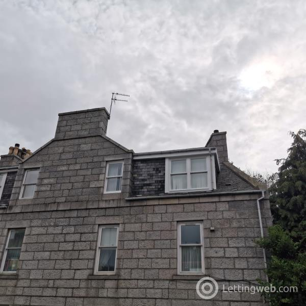 Property to rent in 75e Rosemount Place, TFL, Aberdeen, AB25 2XL
