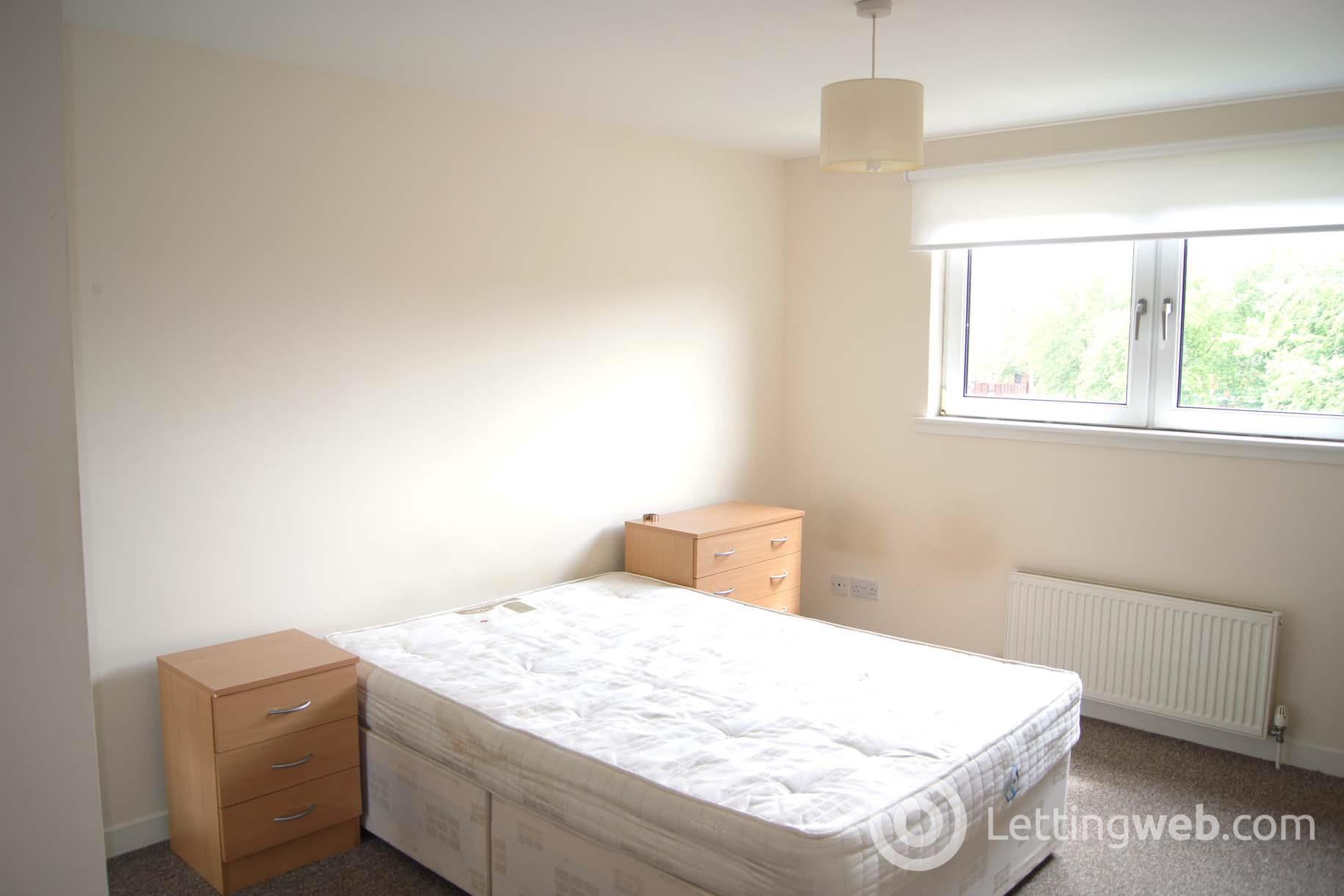 Property to rent in North Kelvinside Avenuepark Street