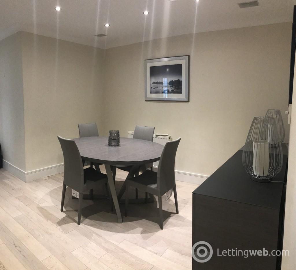 Property to rent in Queens Gardens, West End