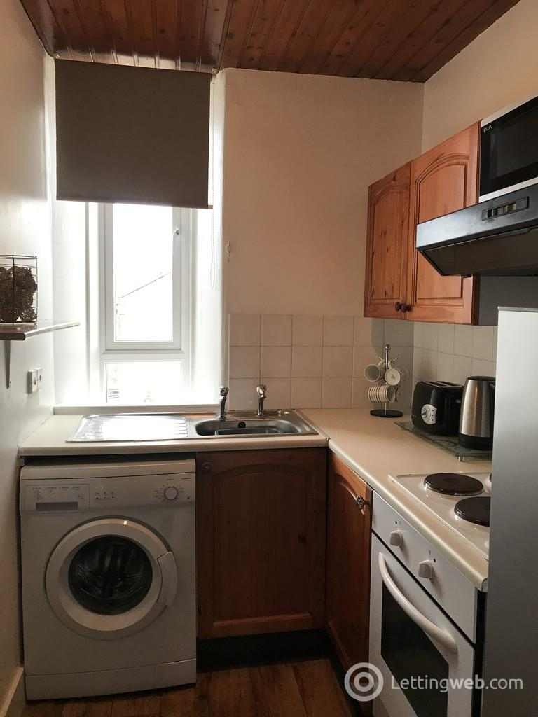 Property to rent in Wallfield Crescent, Aberdeen