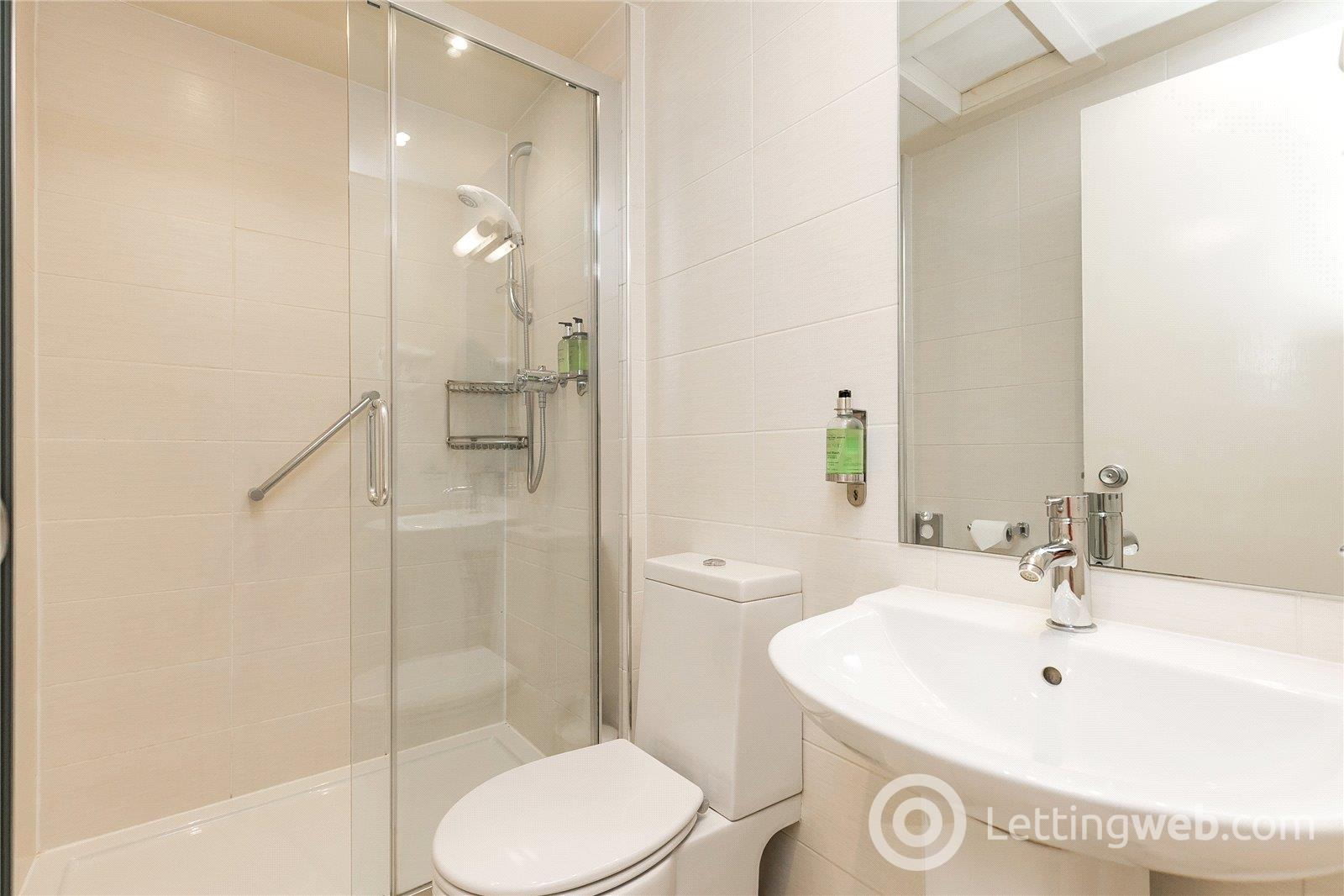 Property to rent in Flat 2, 59 Baker Street, Aberdeen, AB25