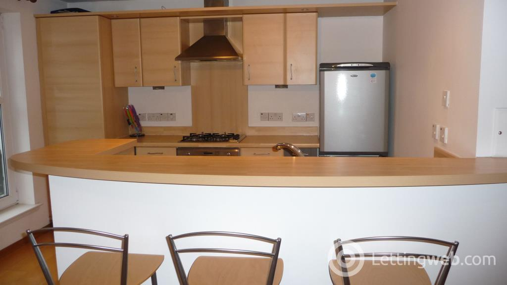 Property to rent in 65 Chapel Street, Aberdeen, AB10