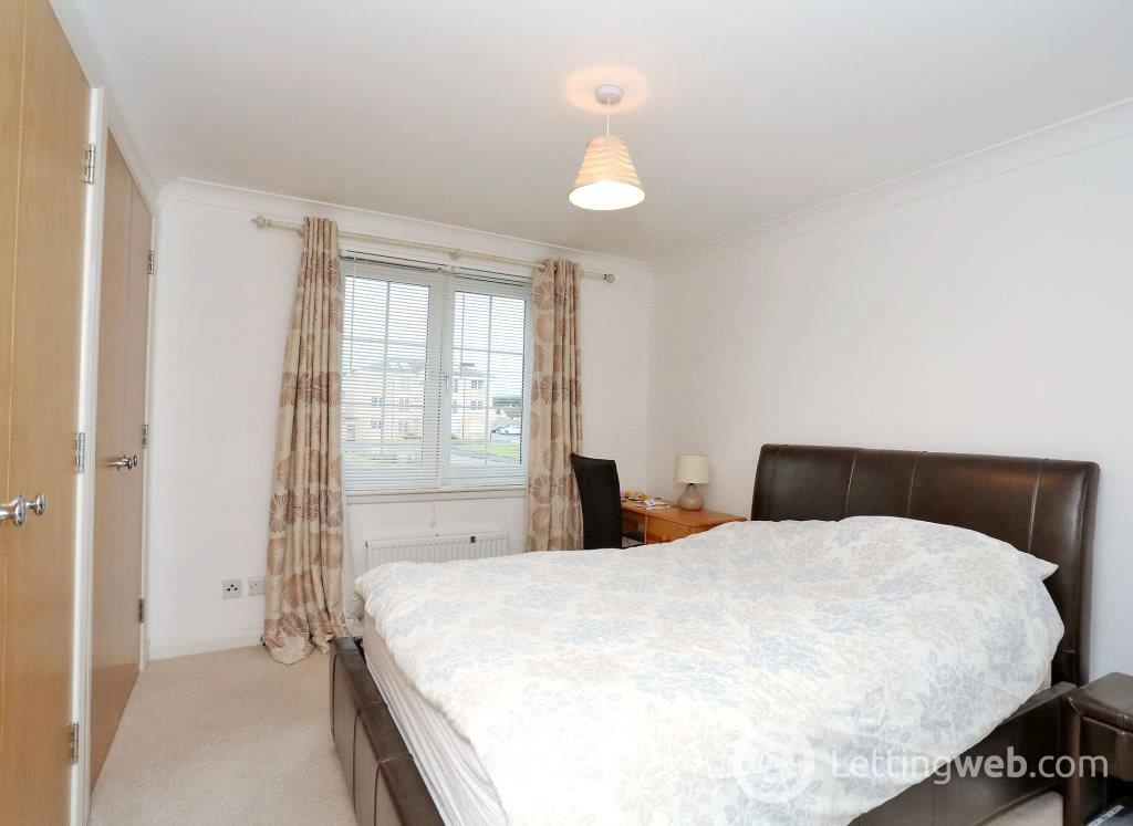 Property to rent in 15d Mackie Place, Elrick, AB32