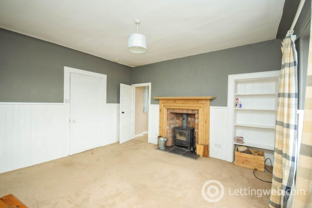 Property to rent in Over Bow Farm, Forfar, Angus, DD8 3TN