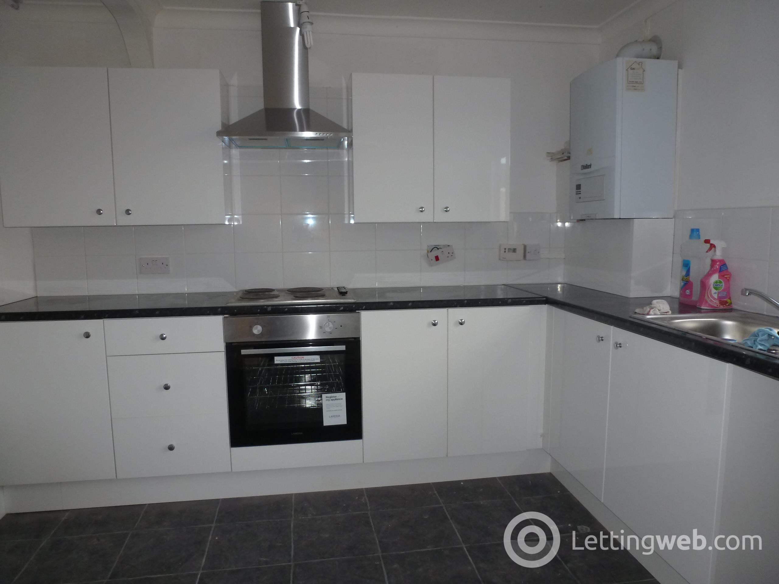 Property to rent in Lewis Rise, Irvine