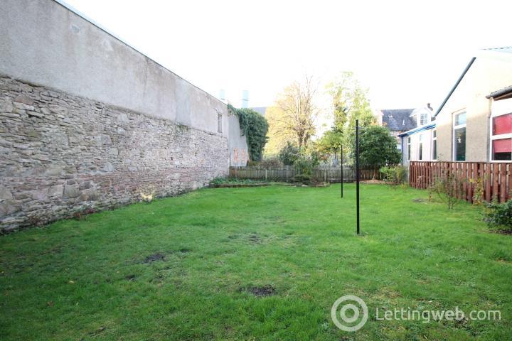 Property to rent in John Street, Helensburgh, G84 8BA