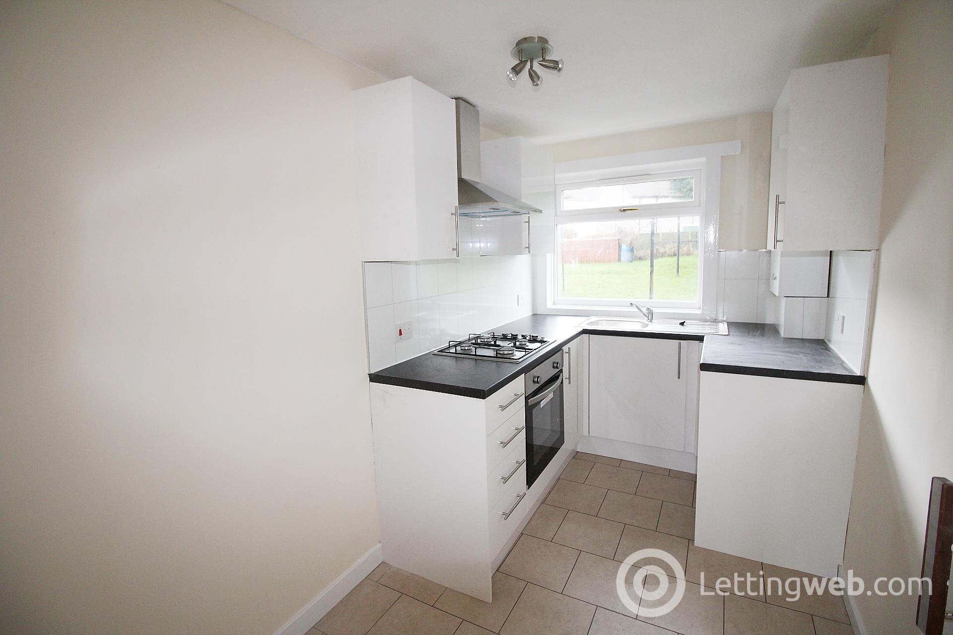 Property to rent in Shandon Crescent, Haldane, G83 8EX