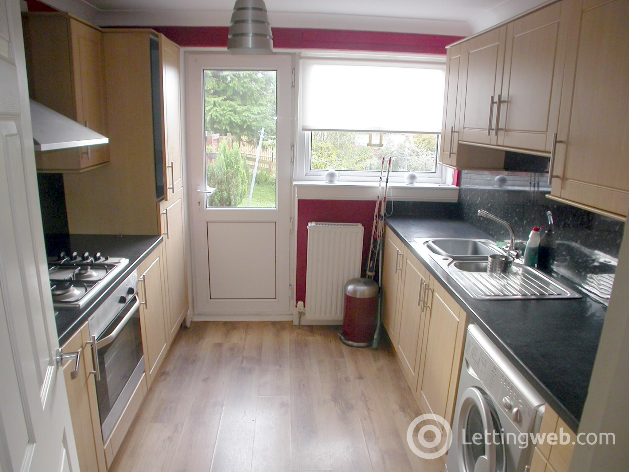 Property to rent in 65 Murroch Crescent, Bonhill, G83 9QG