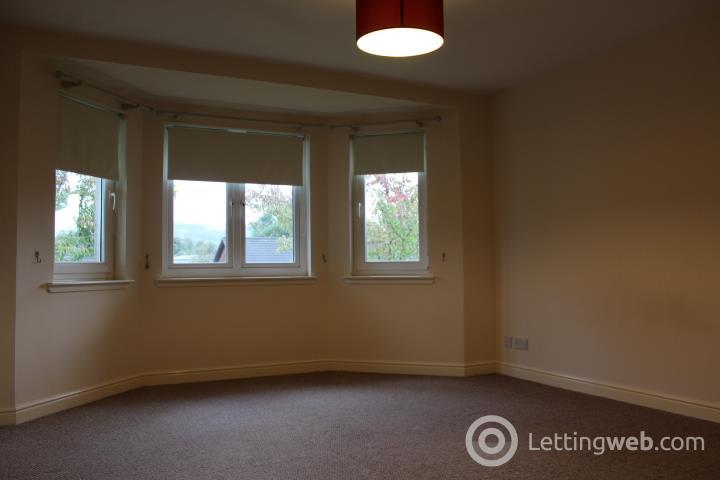 Property to rent in 18 Oakburn Gardens, Alexandria, G83 9NN