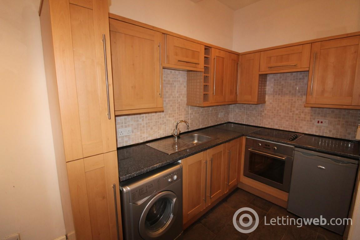 Property to rent in Bank Street, Greenock