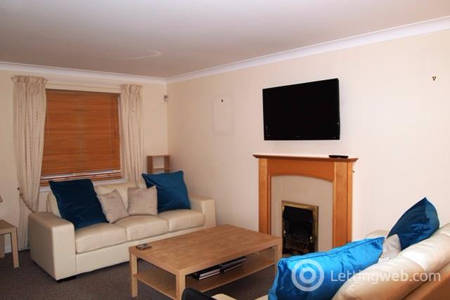 Property to rent in The Dell, Newton Mearns, Glasgow, G77
