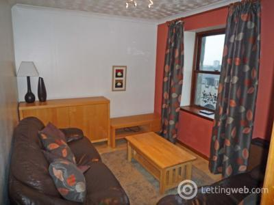 Property to rent in 12a Hillhead Terrace, Aberdeen, AB24 3JE