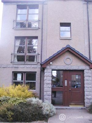 Property to rent in 70 Roslin Place, Aberdeen, AB24 5BL