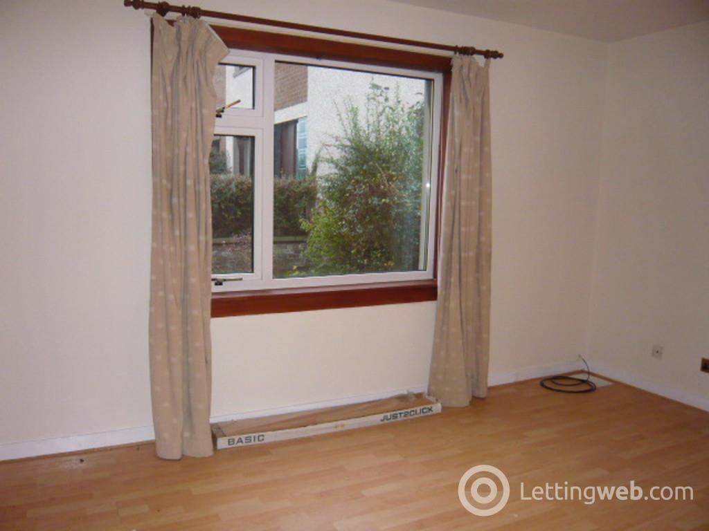 Property to rent in Urquhart Crescent,  Dunfermline