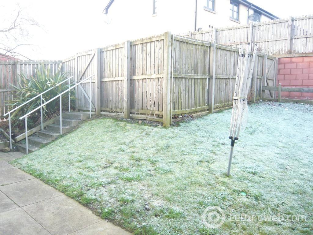 Property to rent in Norway Gardens, Dunfermline