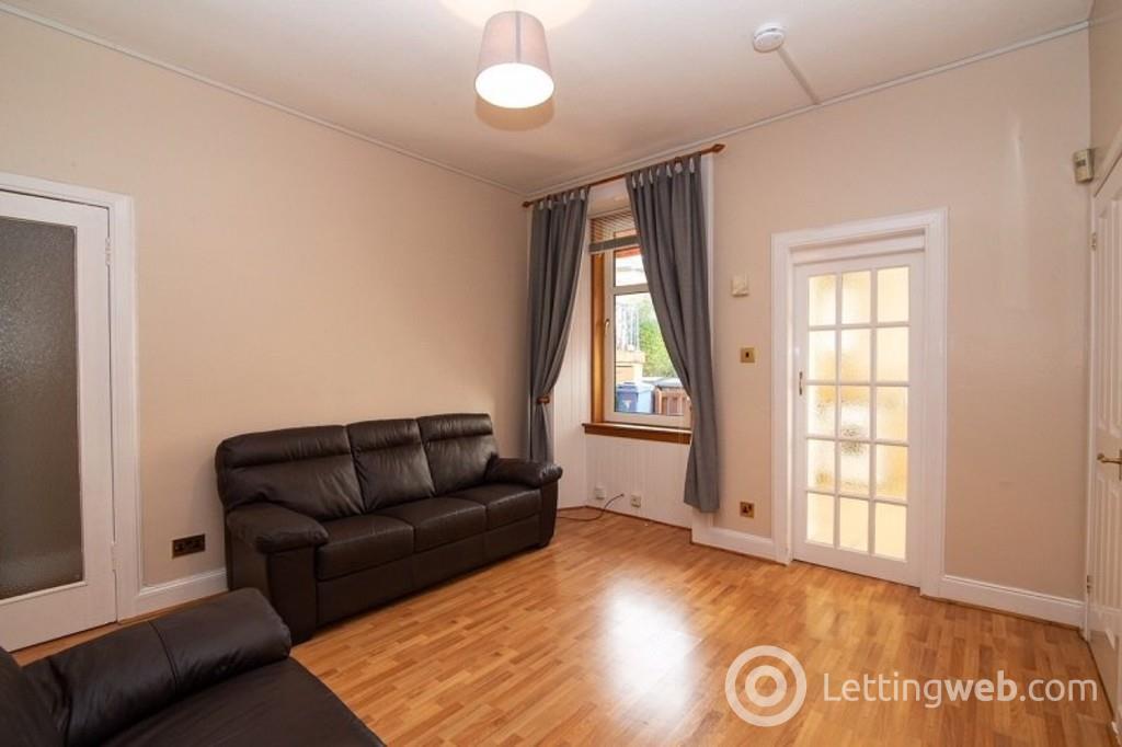 Property to rent in Salisbury Street, Kirkcaldy