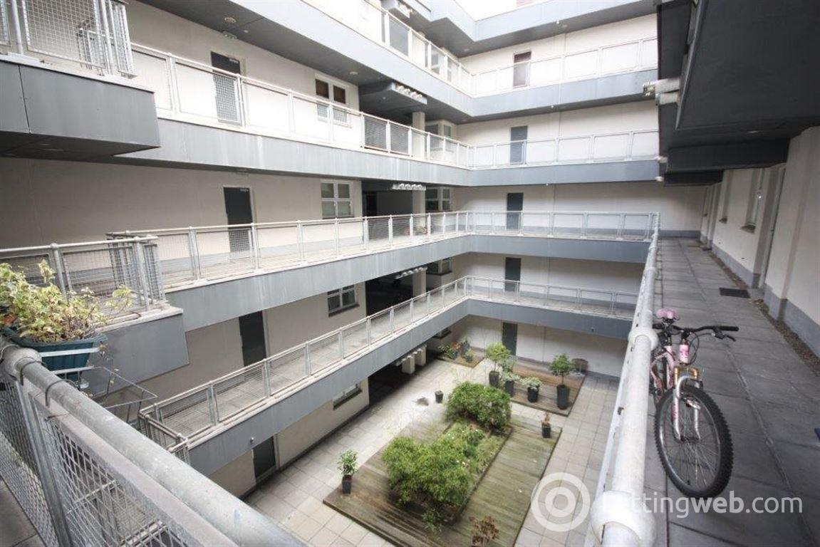Property to rent in Flat 4/6 10 Buchanan Street
