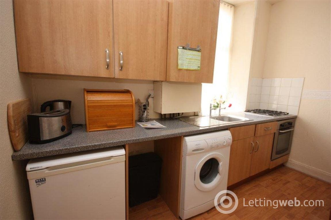 Property to rent in Flat 0/1 16 Blackhall Street