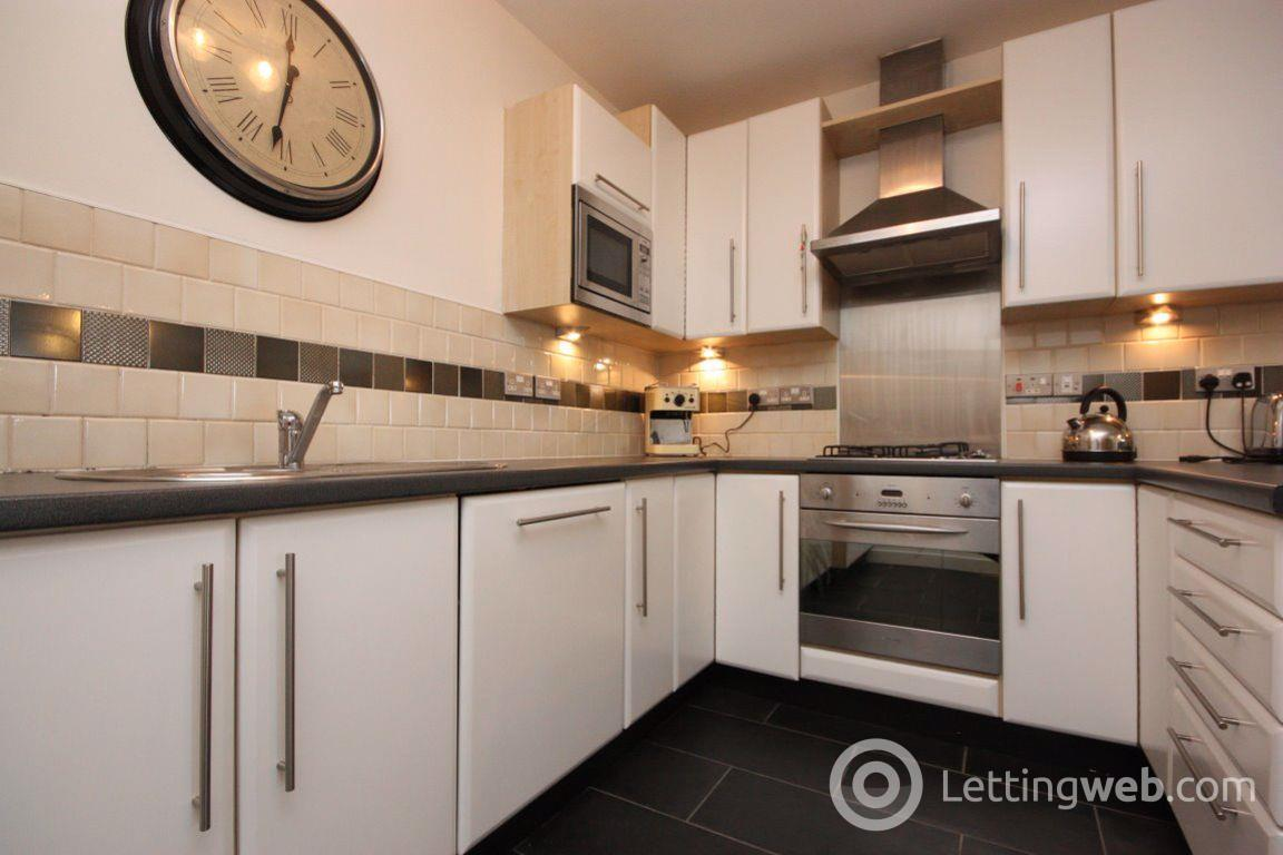 Property to rent in Flat 4/1, 14 Norval Street