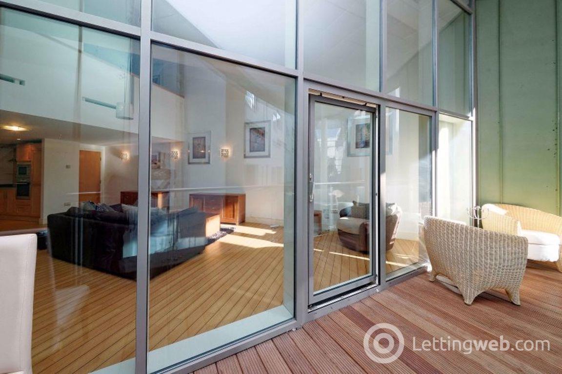 Property to rent in Flat 1/20 149 Ingram Street