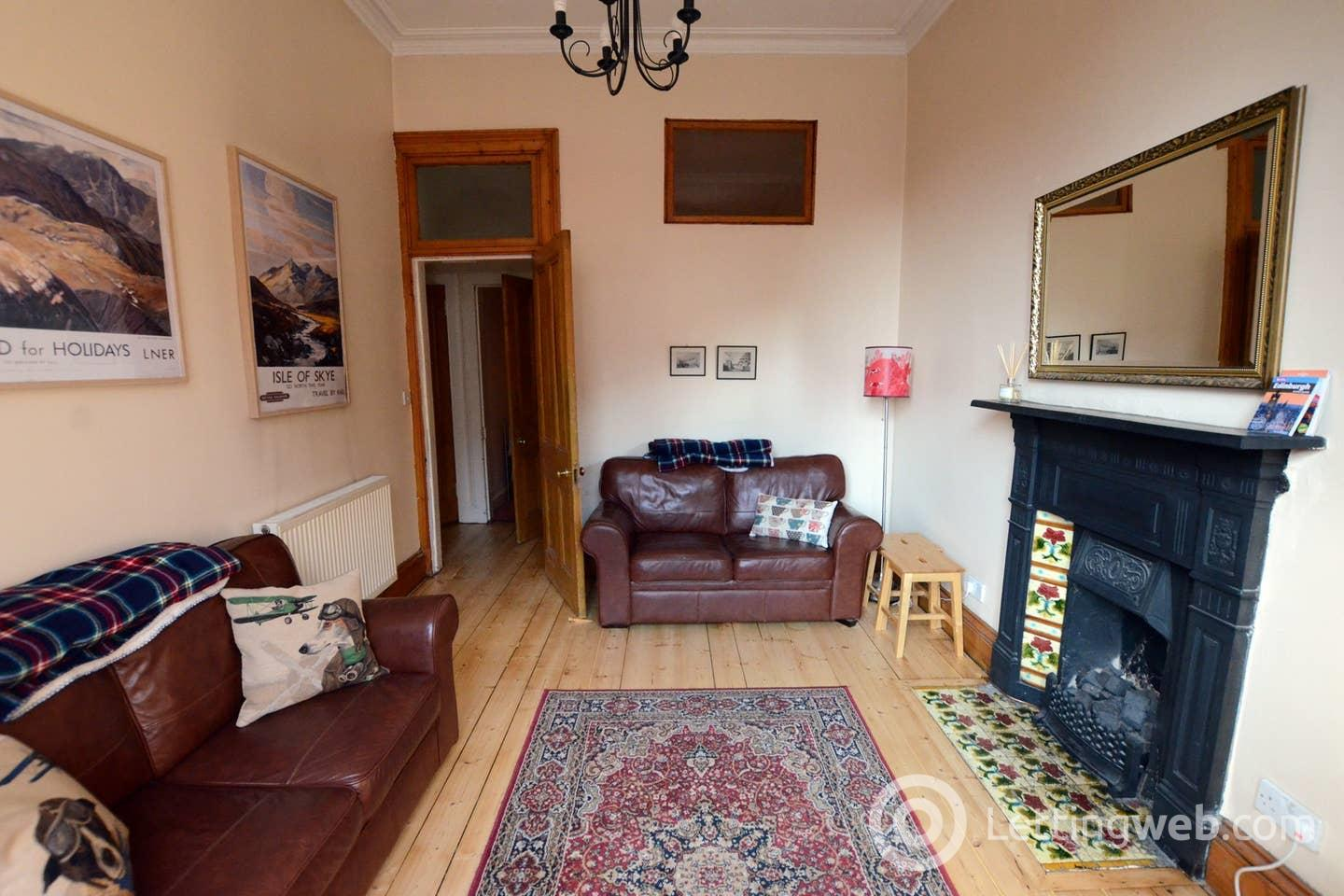 Property to rent in 48 Rodney Street