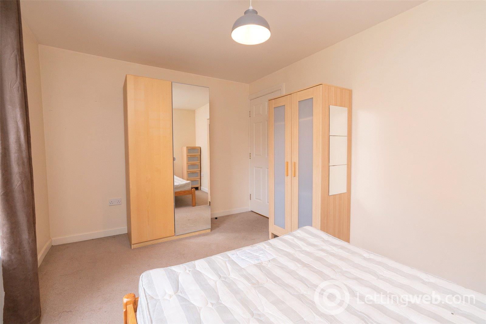 Property to rent in 3/4 Dryden Gait, Pilrig, Edinburgh, EH7
