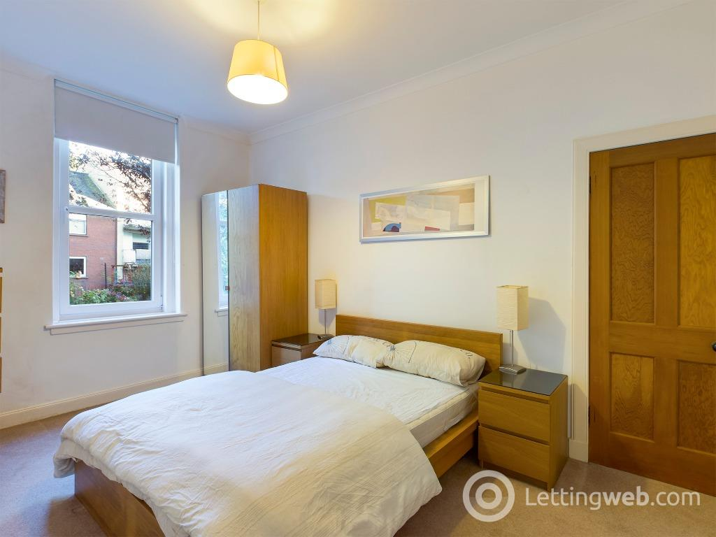 Property to rent in Newhaven Road, Newhaven, Edinburgh, EH6 4LH