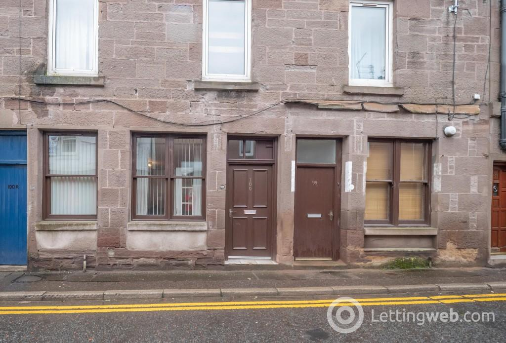 Property to rent in High Street, Brechin