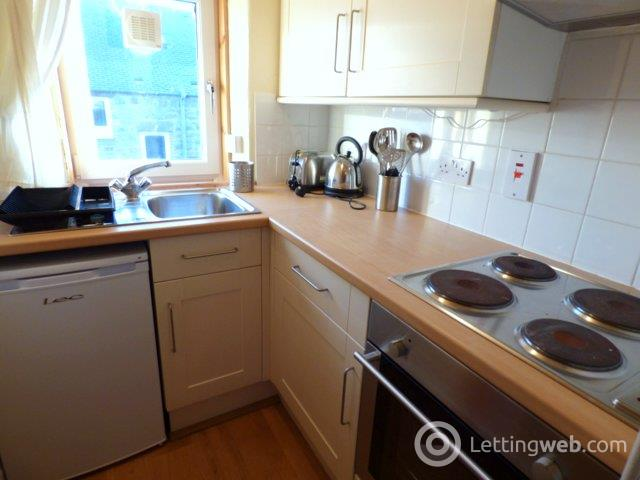 Property to rent in Richmond Terrace, Aberdeen, AB25