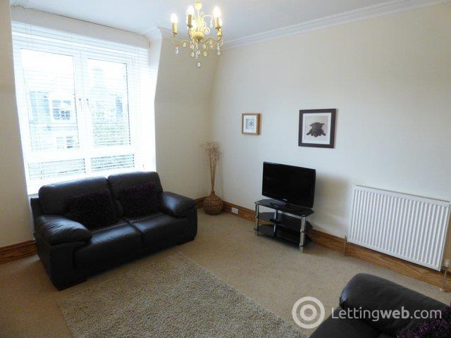 Property to rent in 10 Pitstruan Place, Aberdeen, AB10