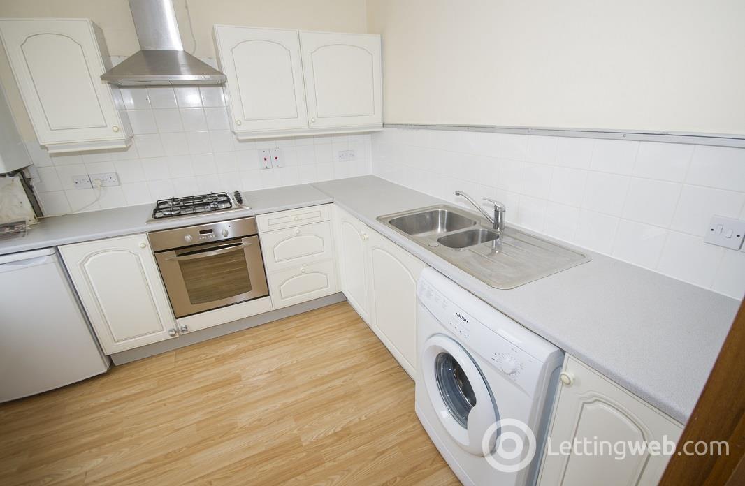 Property to rent in 7 Gairn Mews, Gairn Terrace, Aberdeen