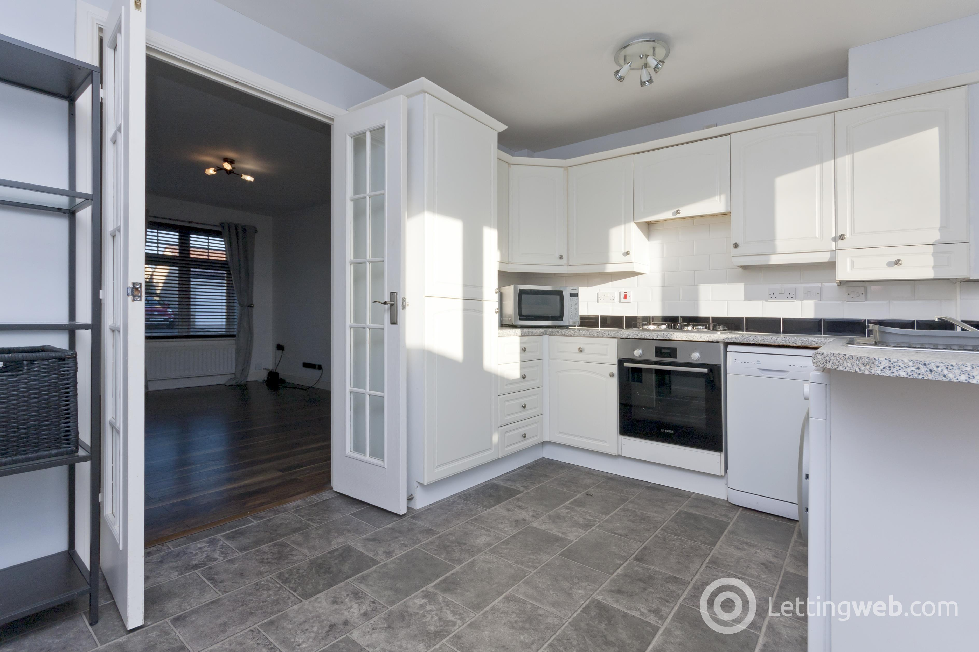 Property to rent in 4 Rugosa Circle